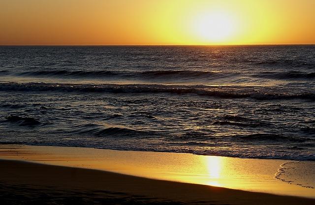 sunset-922411_640